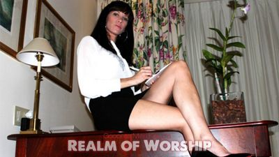 Realm of Worship download